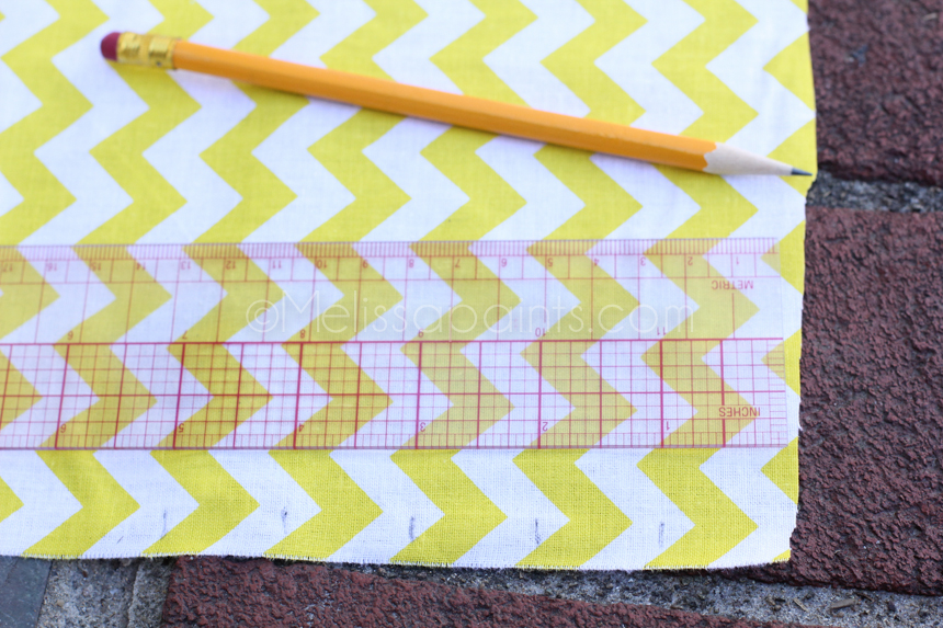 "Mark your fabric at 1"" intervals."